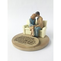 Praying Couple Sculpture
