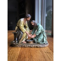 Jesus Washing Feet Figure
